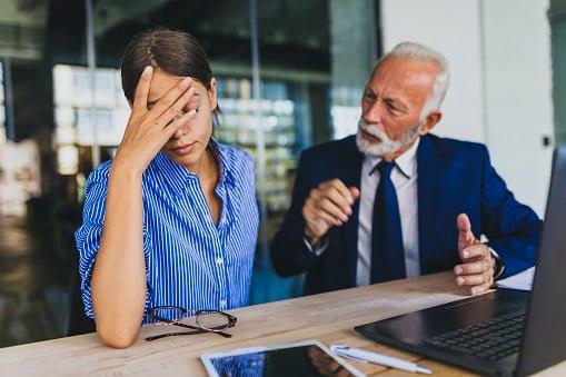 motivos de conflitos no outro emprego