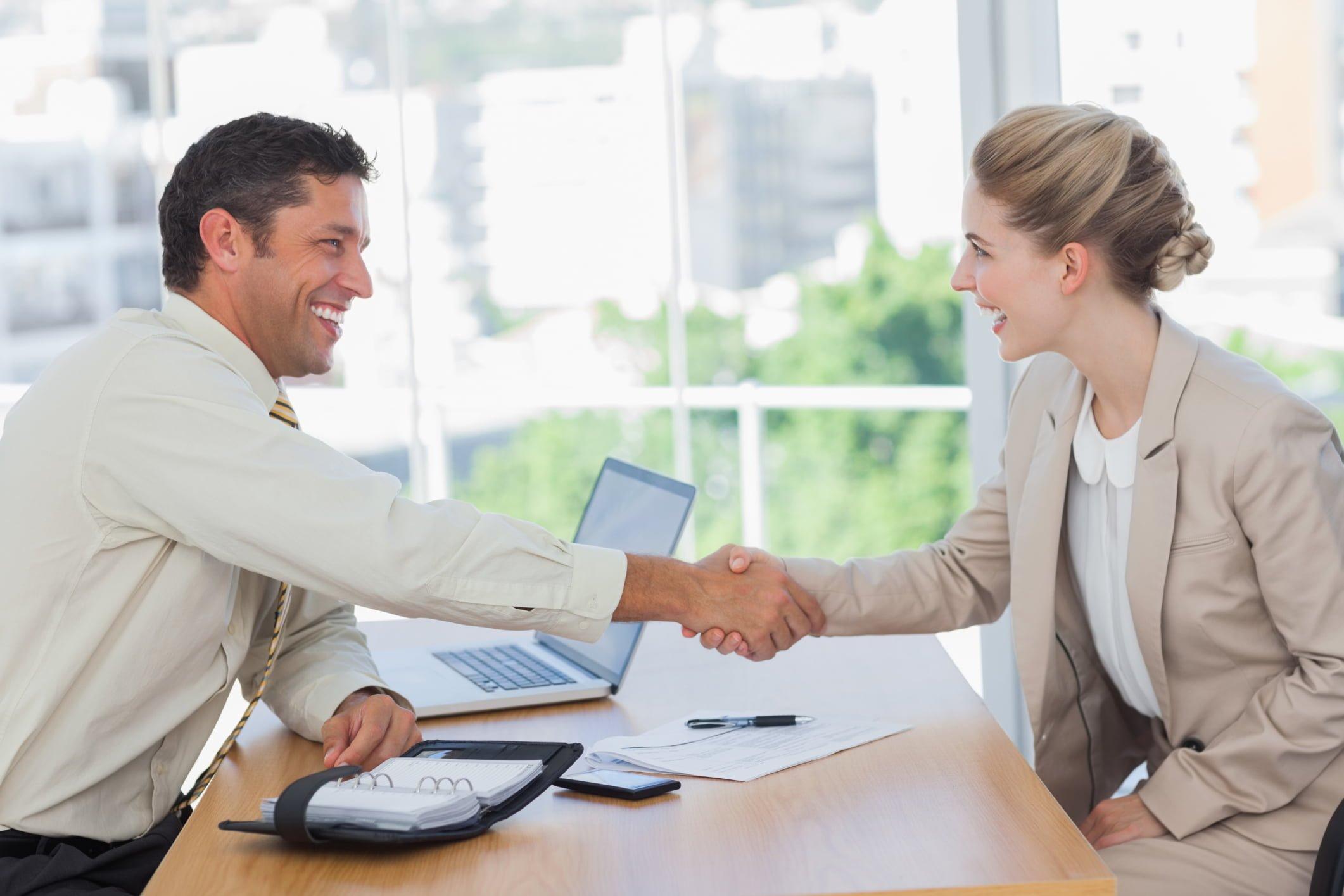 Entrevista de emprego: sempre bom tirarmos dúvidas sobre a empresa em si