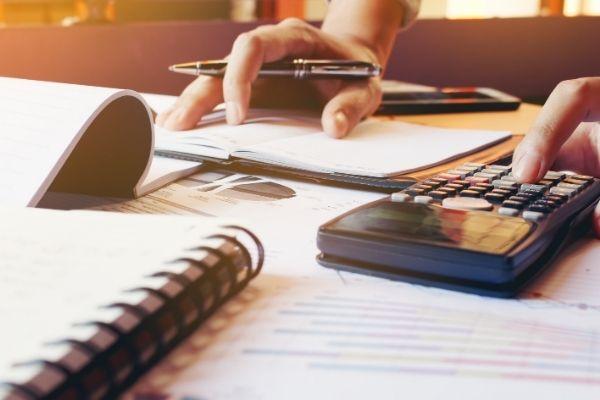 Separa despesas pessoais da empresa